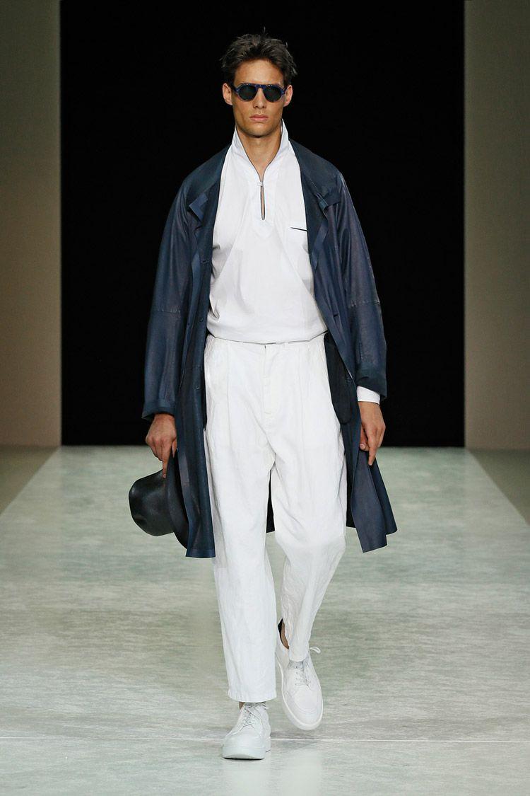 Giorgio Armani Spring Summer 2015 Menswear Collection  7e62e1287d8be