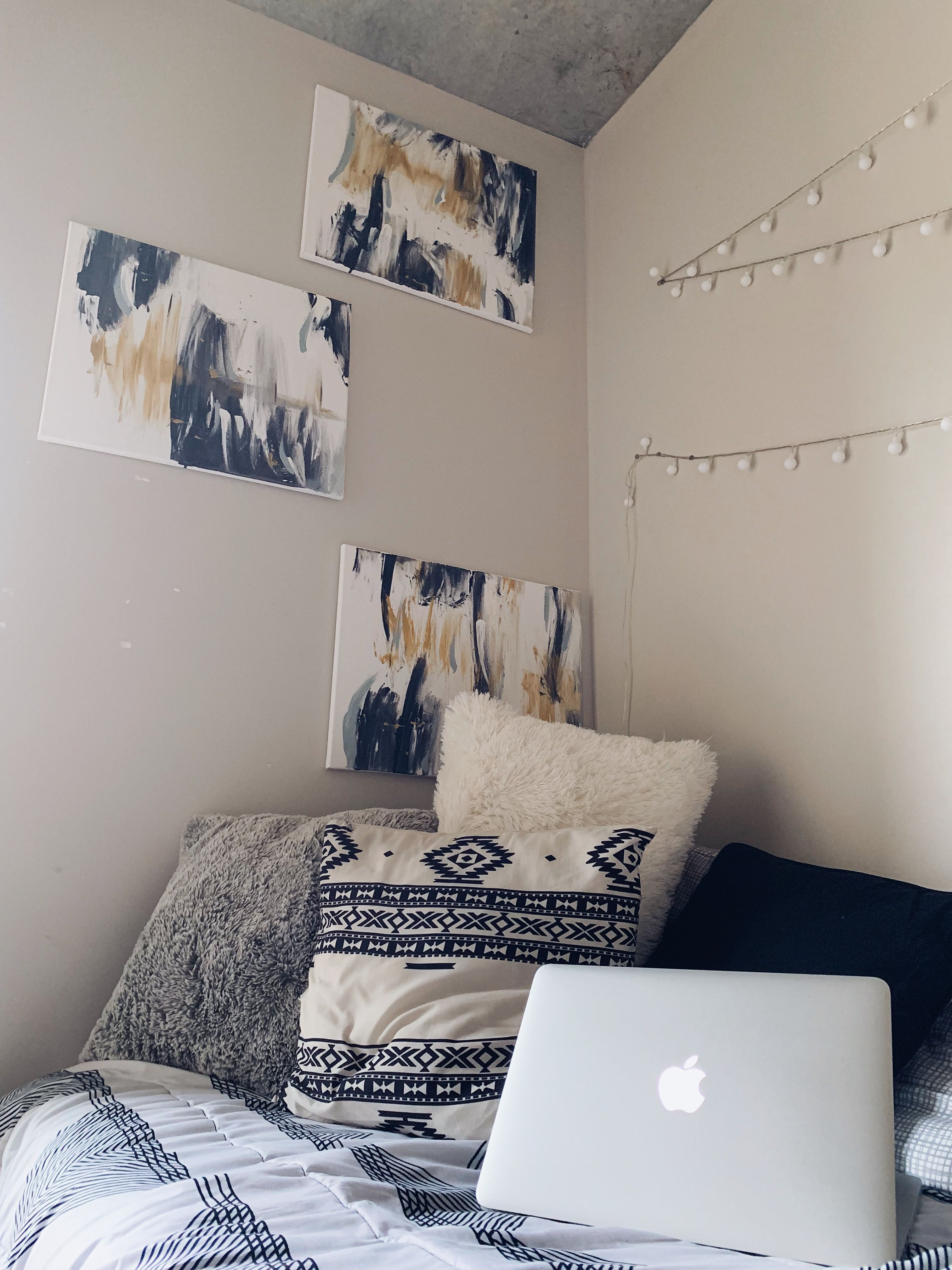 College Dorm Tour 2019 Cheap Room Decor College Dorm Room