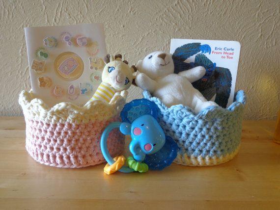 Chunky Scallop Crochet Basket by ABeautifulDayCrochet on Etsy