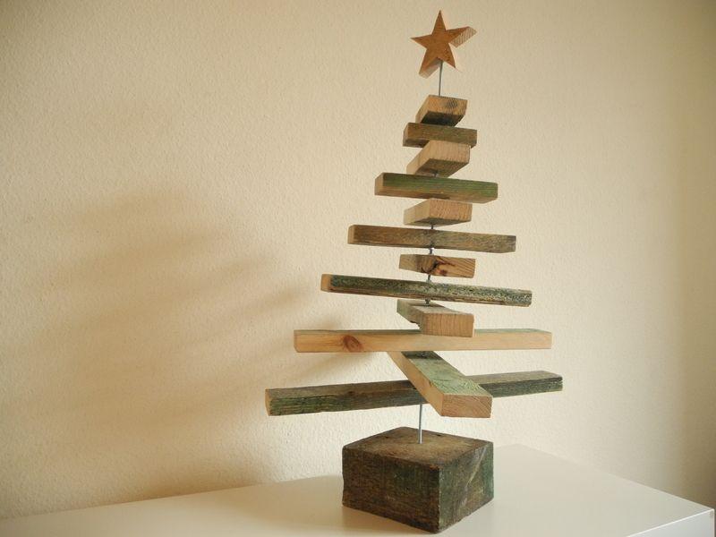weihnachtsbaum aus palettenholz von zen art auf dawanda xmas tree pallet wood xmas. Black Bedroom Furniture Sets. Home Design Ideas