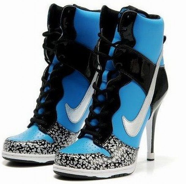 nike tennis shoes with heels