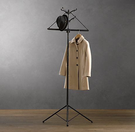 Foldable coat rack