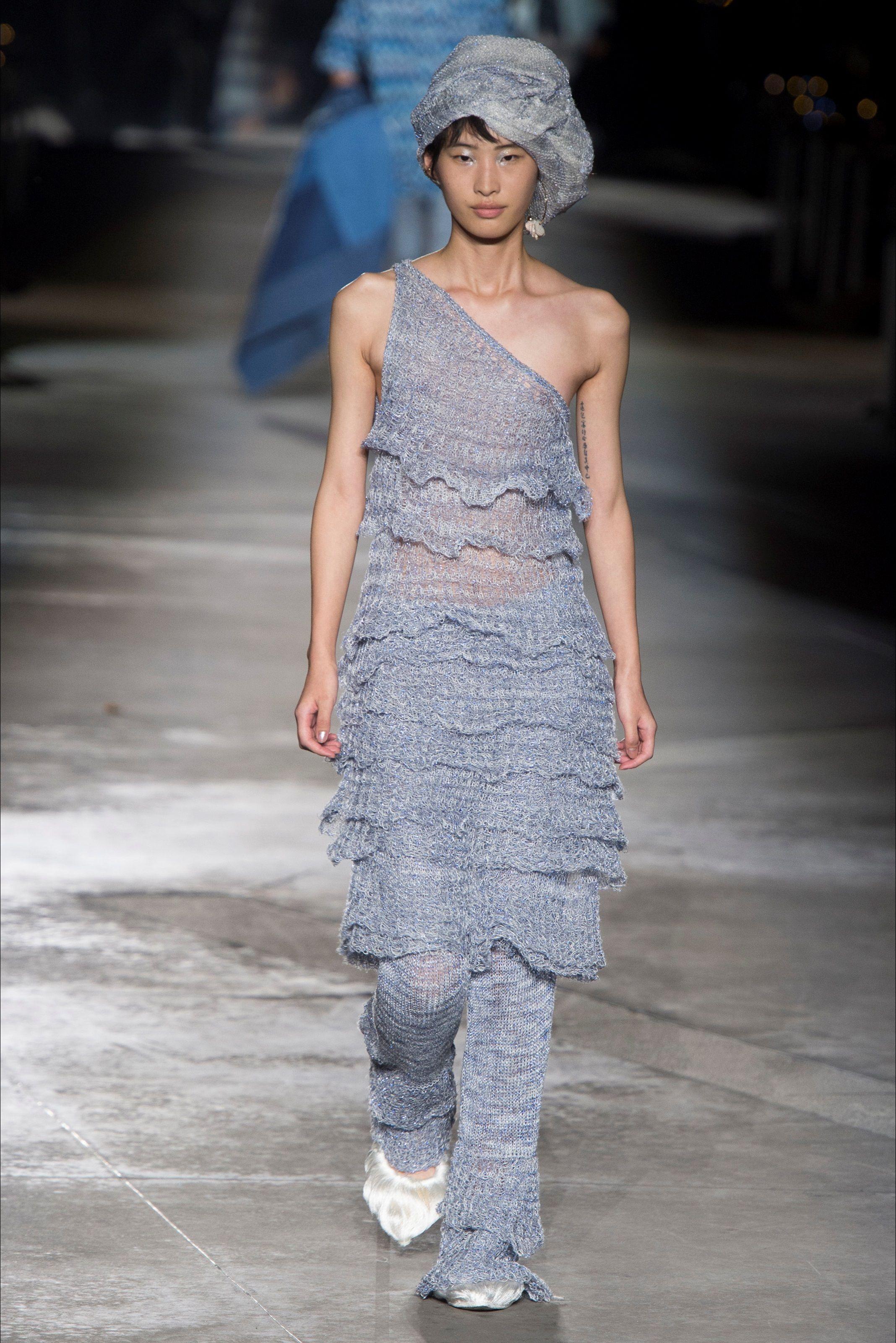 Sfilata Missoni Milano - Collezioni Primavera Estate 2019 - Vogue ... 4ddd3827a57
