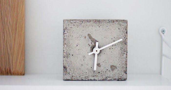 Tämä betoninen kello ei oo varsinaisesti betonipäivän  tuotoksia. Yritin kyllä kelloa jo silloinkin, mutta en aivan onnistunut. Tai tava...
