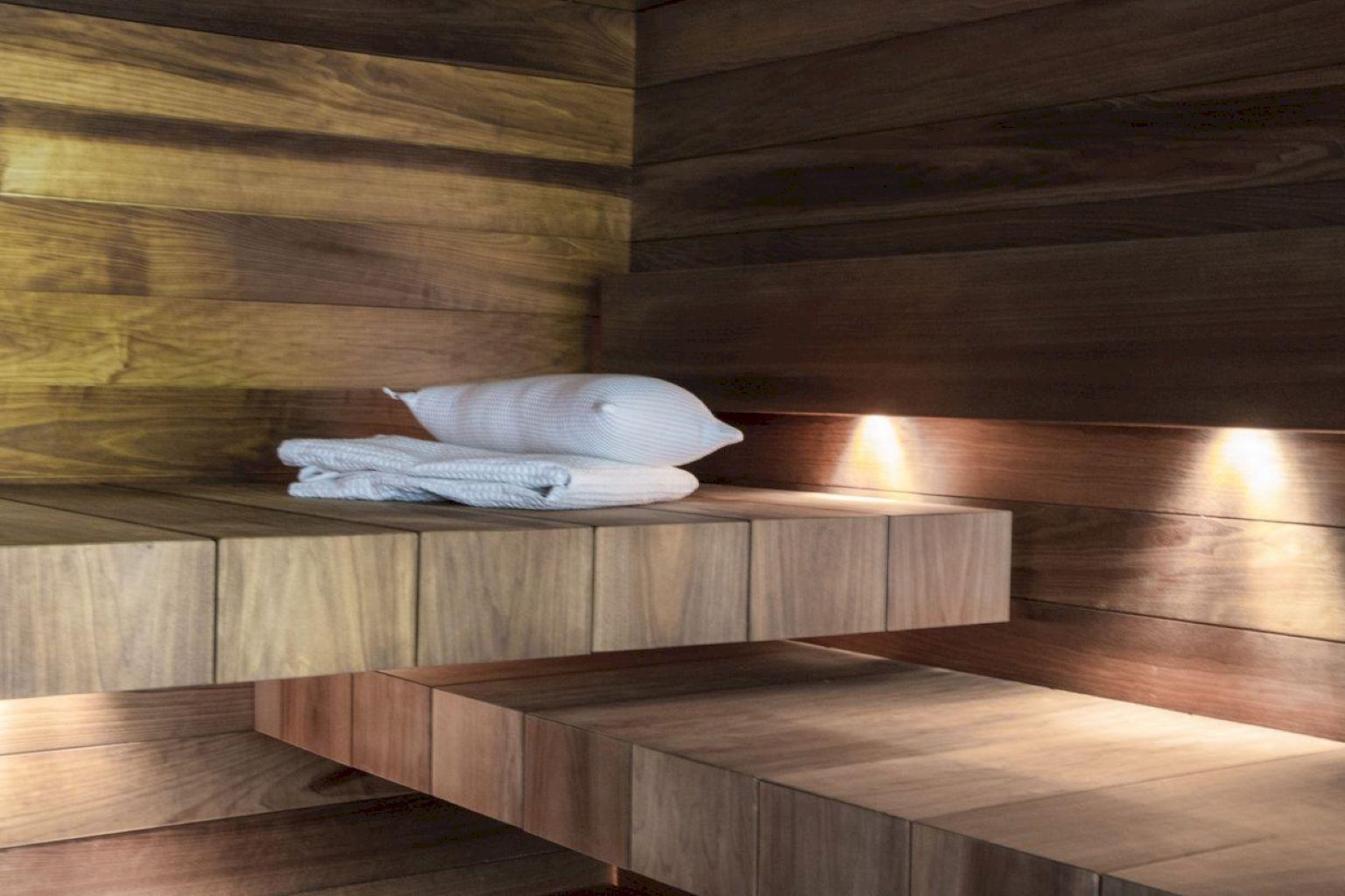 33 Comfy Home Sauna Design Ideas | Sauna design and Saunas