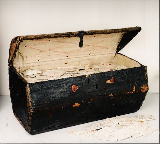Talk about the Dead Letter Office! A 300-year-old linen-lined trunk filled with over 2,600 letters that were mailed out—but never received—between the years 1680 and 1706 has recently been discover...