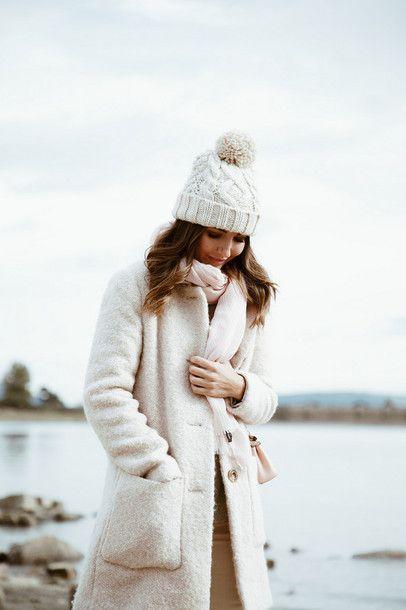 918dff67810478 Hat: tumblr beanie pom pom beanie coat white coat fluffy white fluffy coat  fuzzy coat scarf lovely