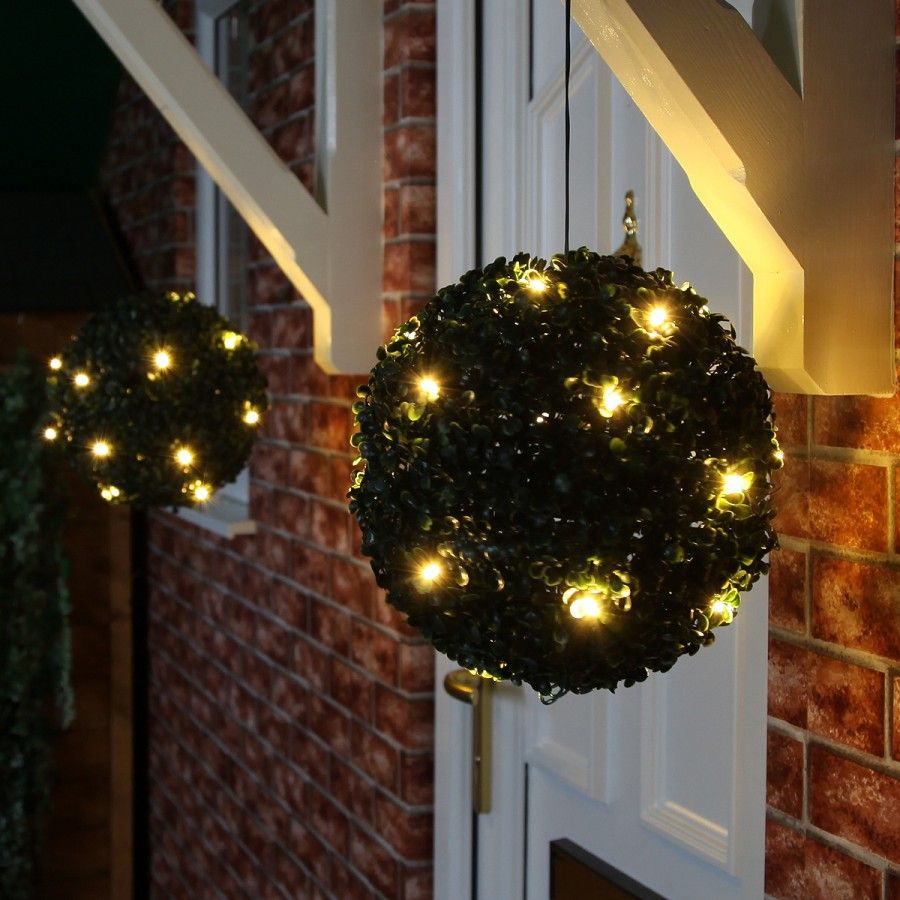 Solar Topiary Ball With 20 Warm White Leds These Look
