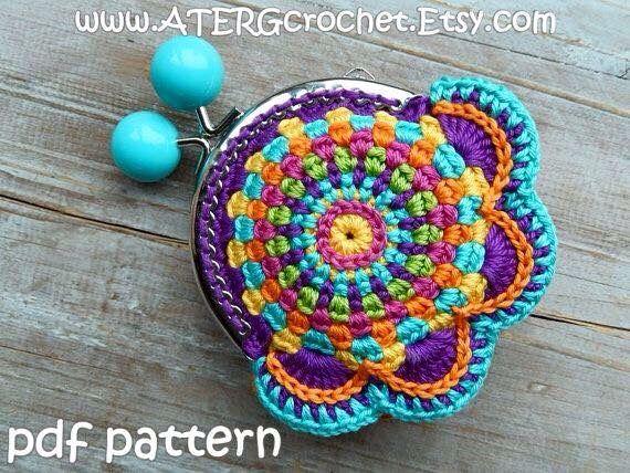 Monedero multicolor tejido tejidos crochet-flores Pinterest