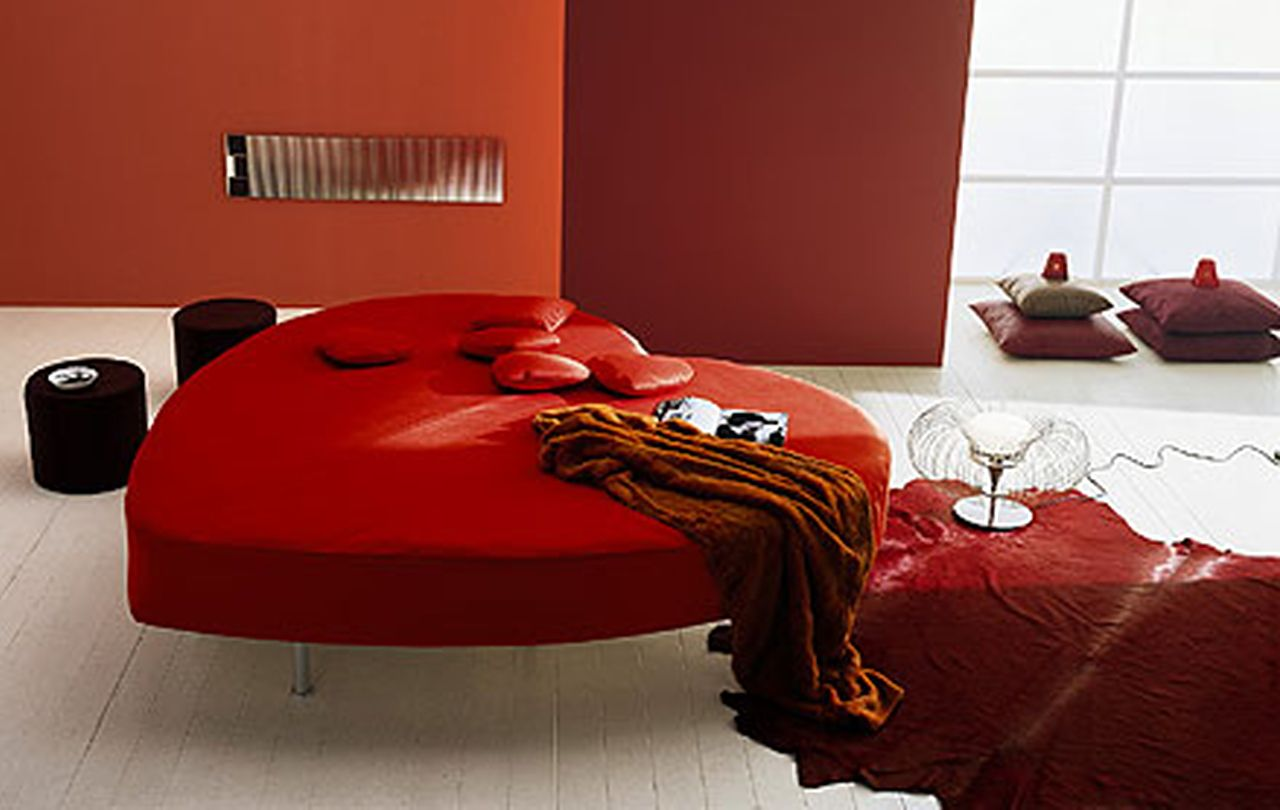 Red Heart Shaped Bed Romantic Room Design Valentines Bedroom Interior Design Bedroom