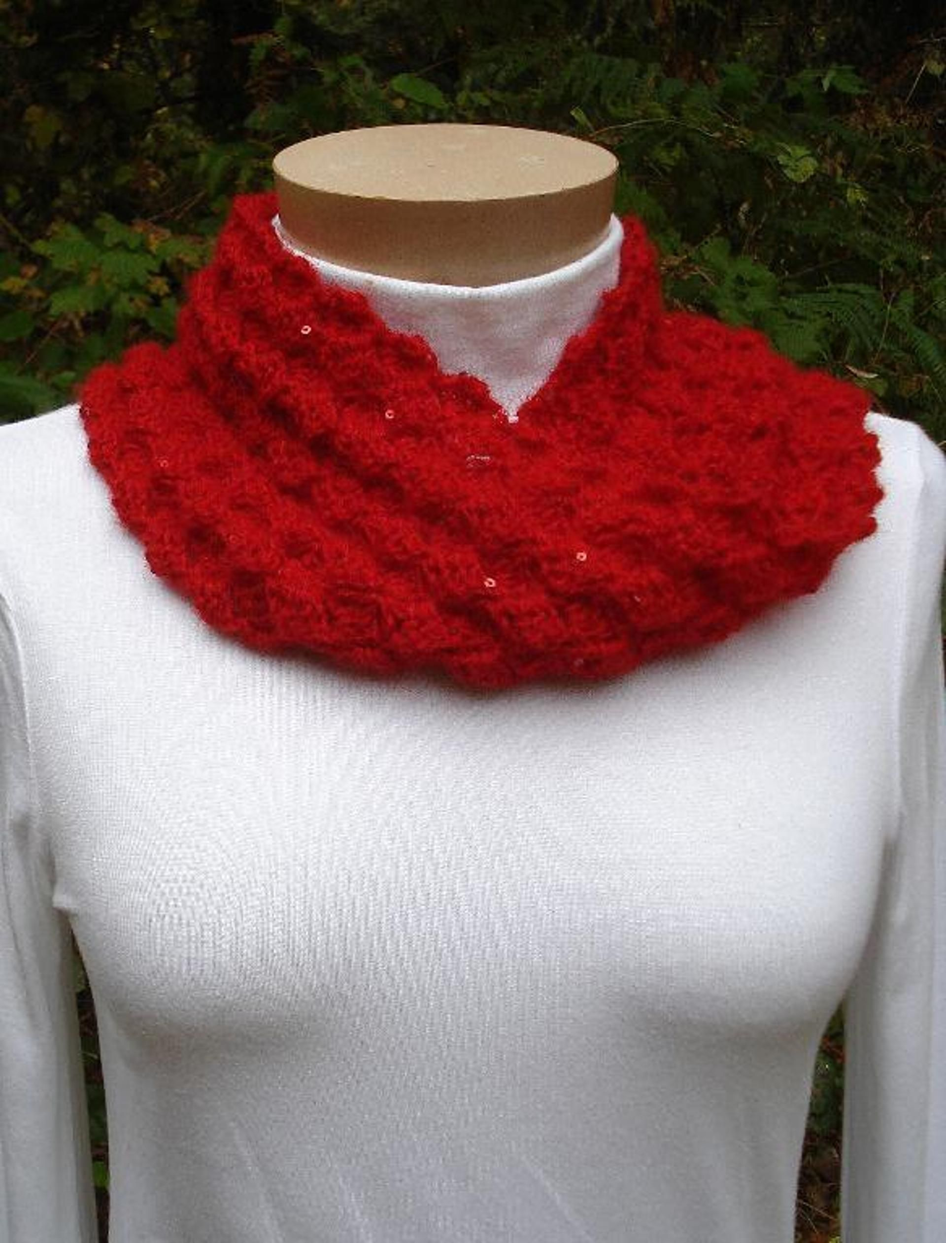 Sequined mobius cowl pa 130a crochet patterns and stitch sequin mobius cowl pa 130a a crochet pattern from nancy brown designer bankloansurffo Image collections