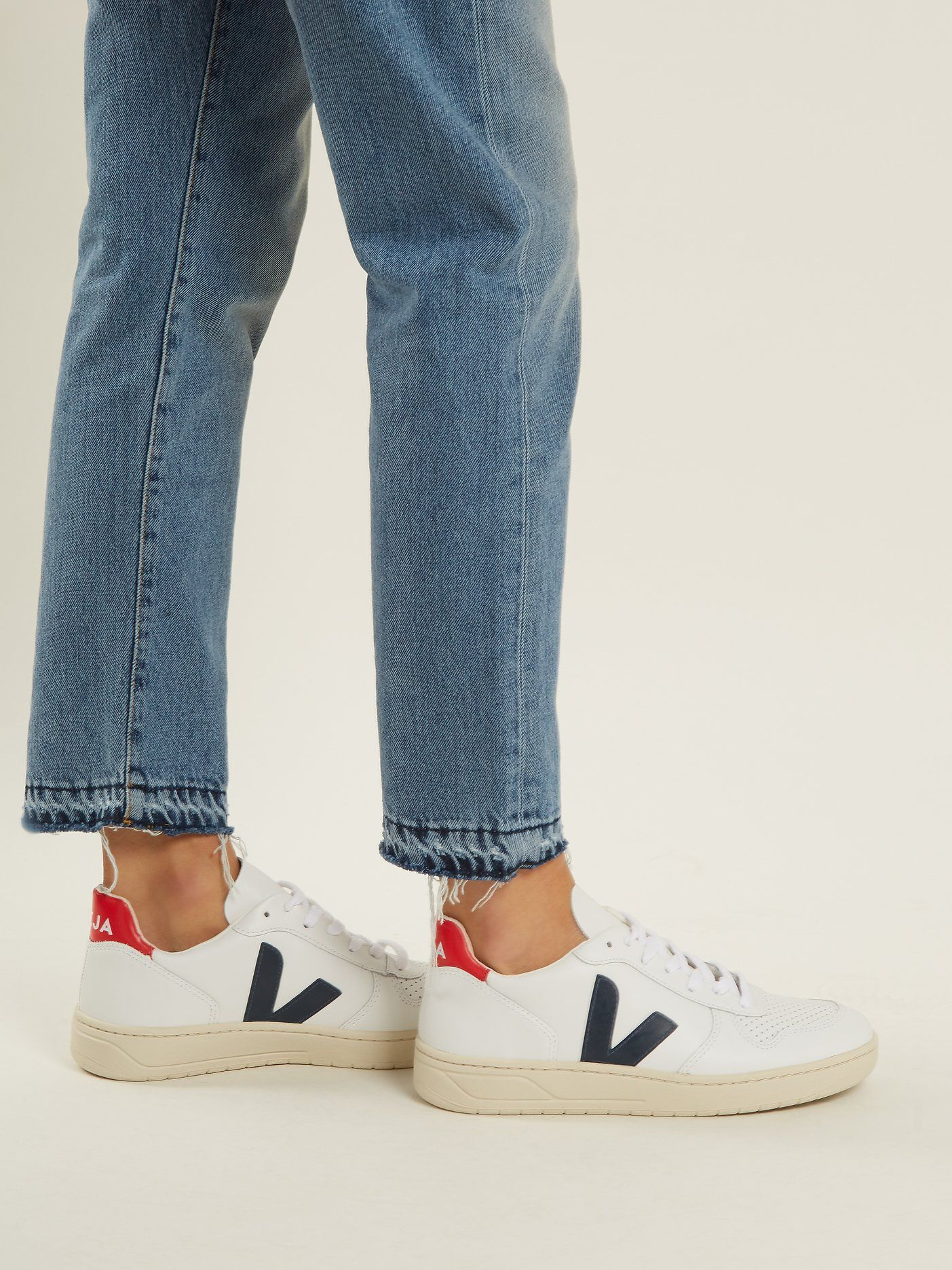 807feafc86367 Click here to buy Veja V-10 low-top leather trainers at MATCHESFASHION.COM