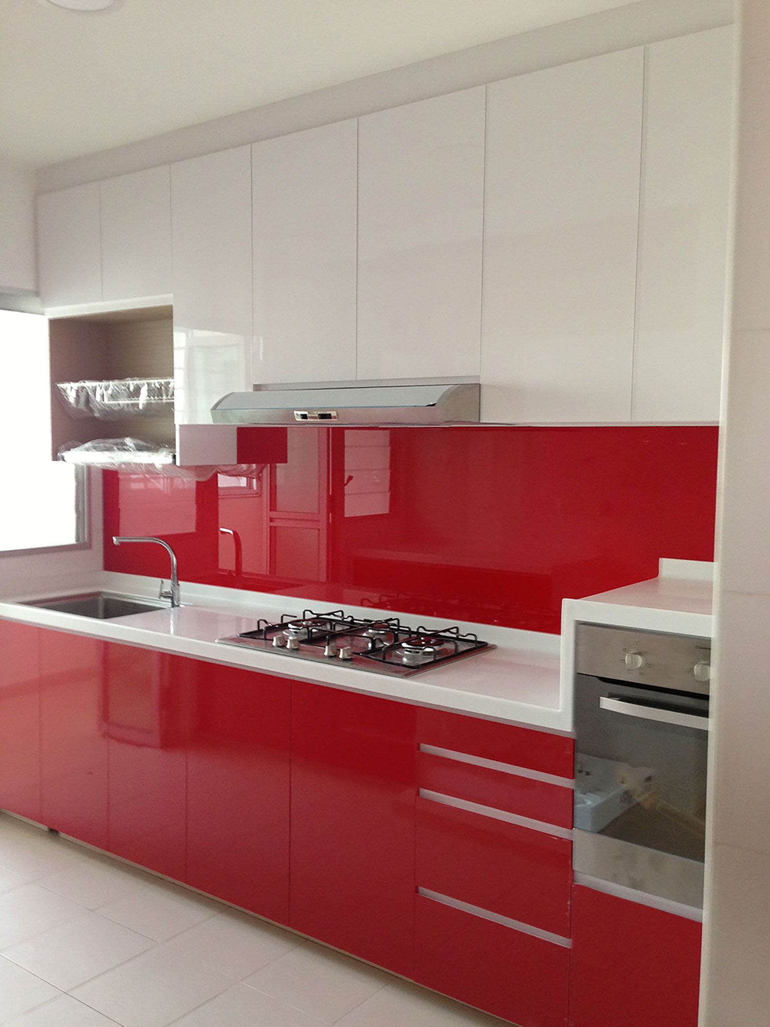 One Kitchen Cabinet kitchen on discount! i'm thinking that adding one colour to the
