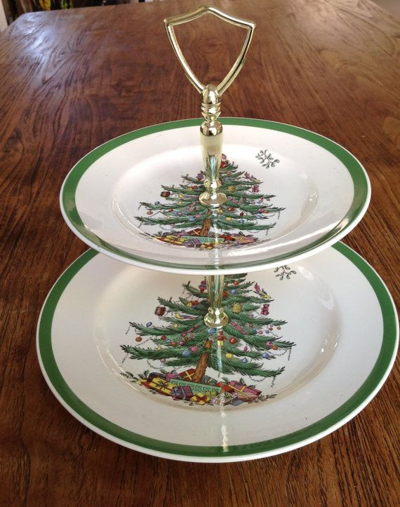 Spode Christmas Tree Pattern 2 Tier Cake By Birdcagevintagefinds 29 50 Spode Christmas Tree Christmas Tree Pattern Holiday Table Settings