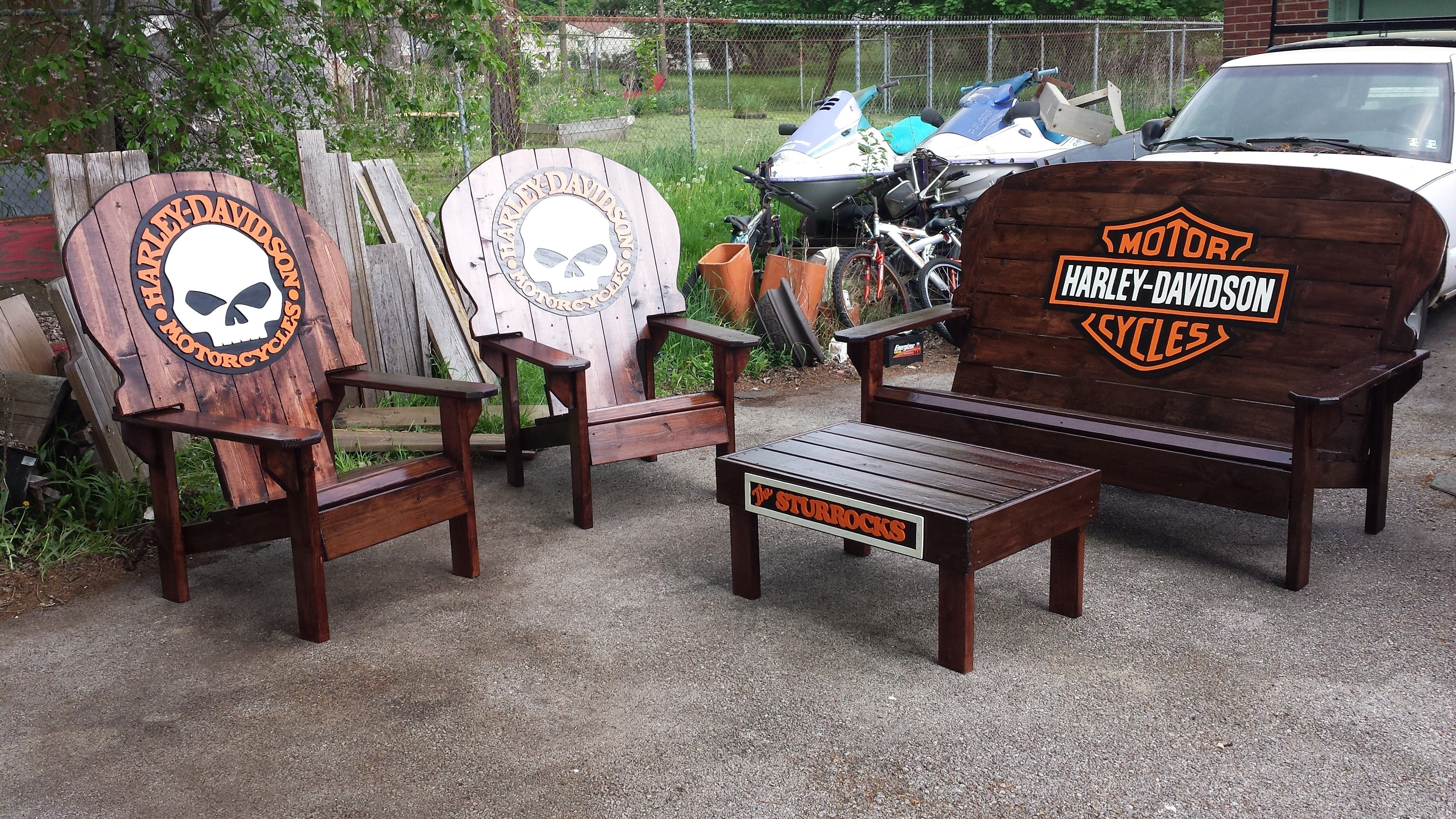 Harley Davidson Chairs And Benches