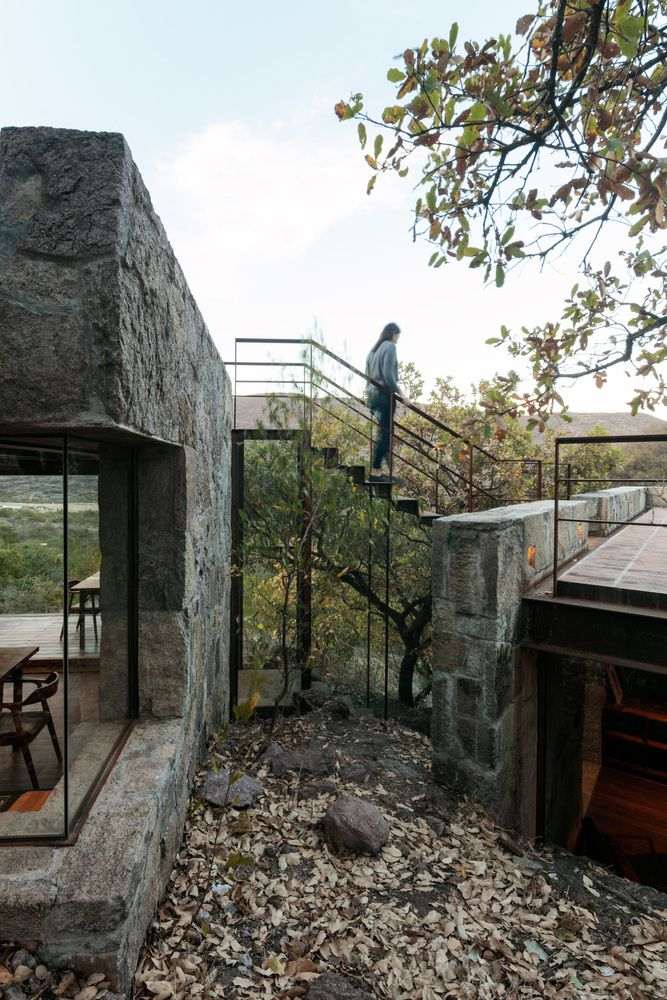 Photo of Gallery of Teitipac Cabin / LAMZ Arquitectura  – 7