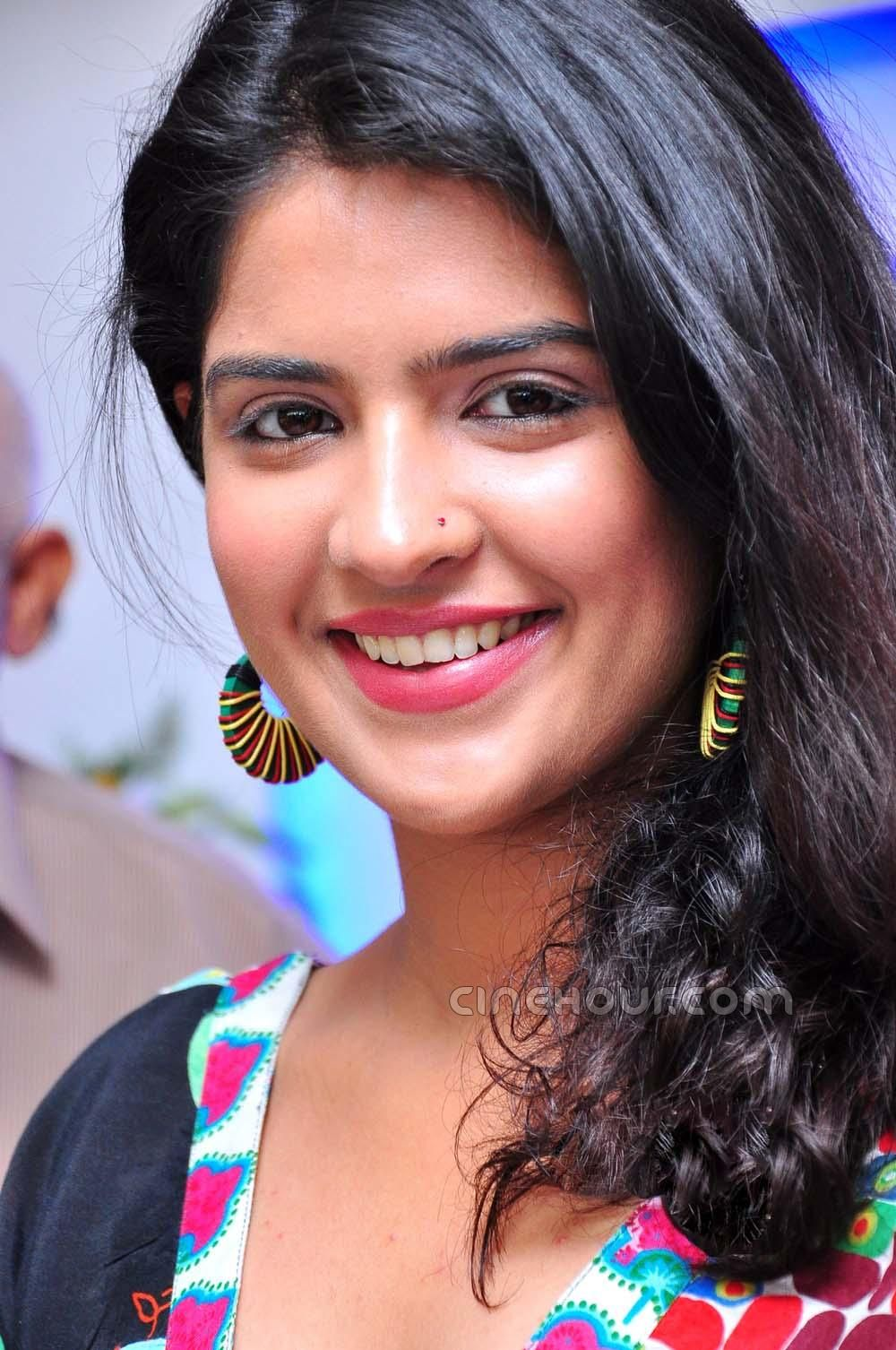 deeksha seth | tollywood | pinterest | indian beauty, indian