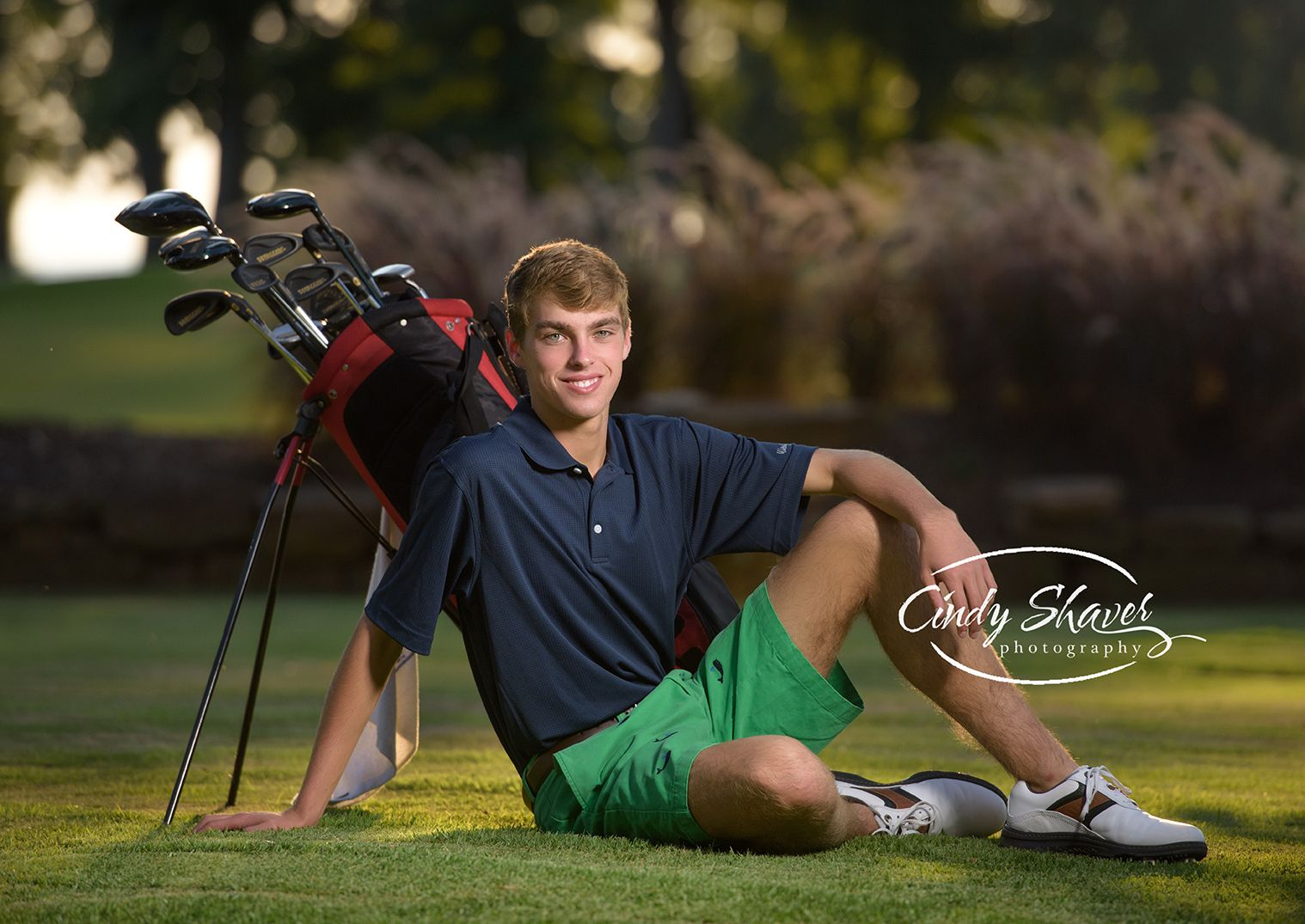 Senior Pictures Senior Guy On Golf Course Golf Themed Senior Session Outdoor Senior