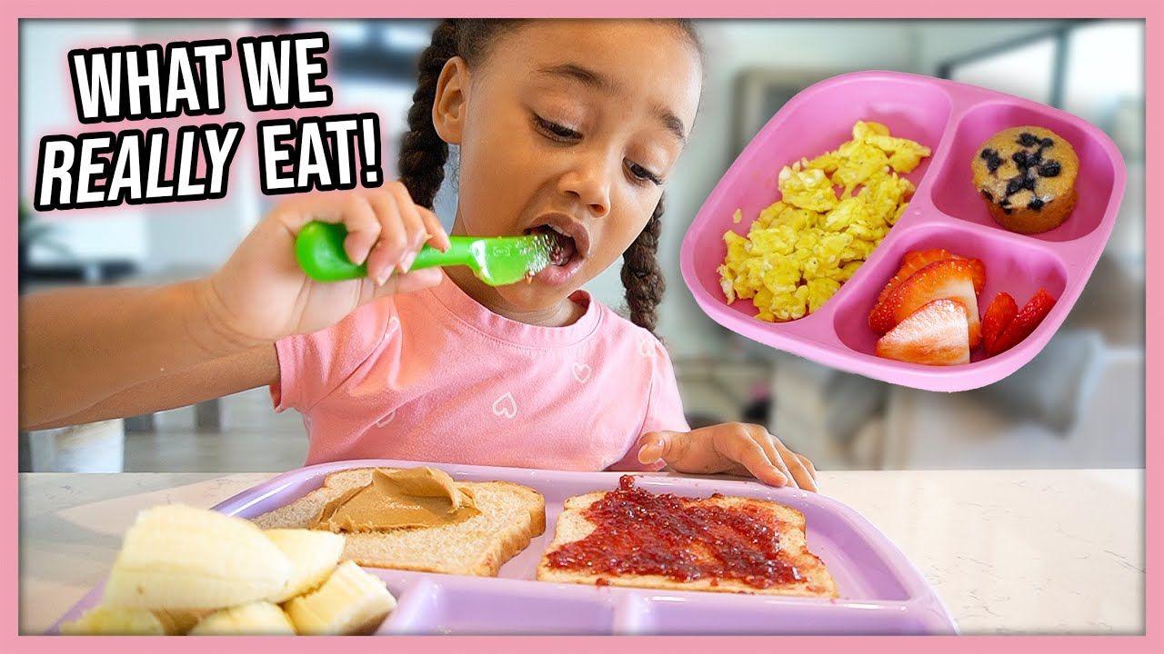 What We Eat in a Day (Vegan Sisters 👯♀️🌿)   Veggiekins