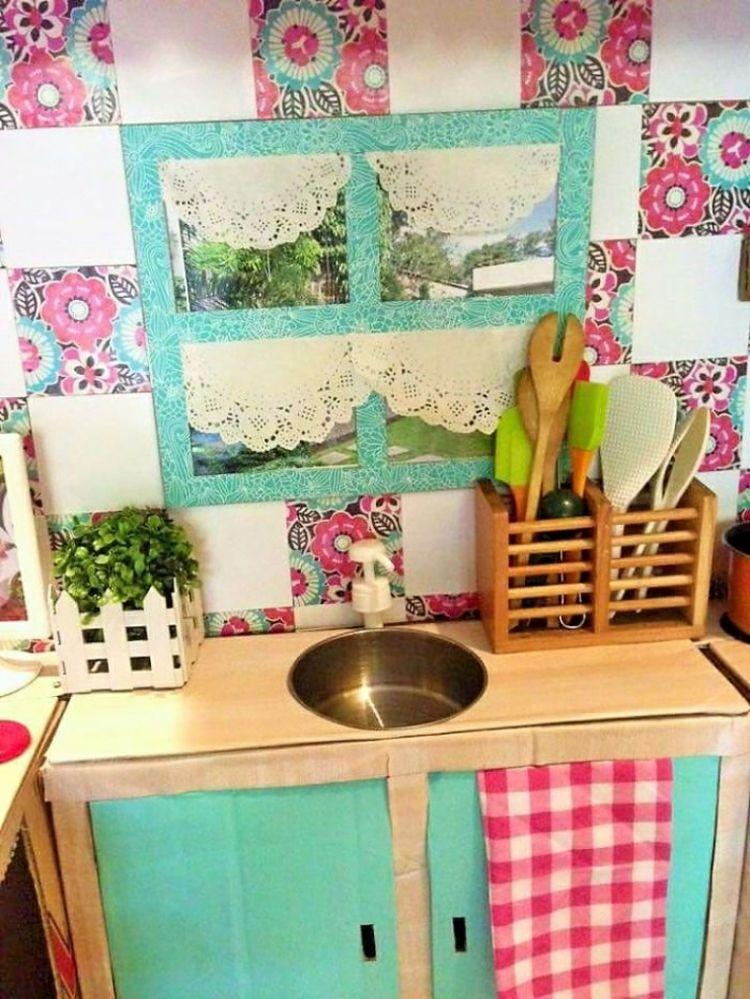Cuisine Pour Enfant à Faire Soimême En Carton Avec évier En Bol Et - Cuisine a faire soi meme