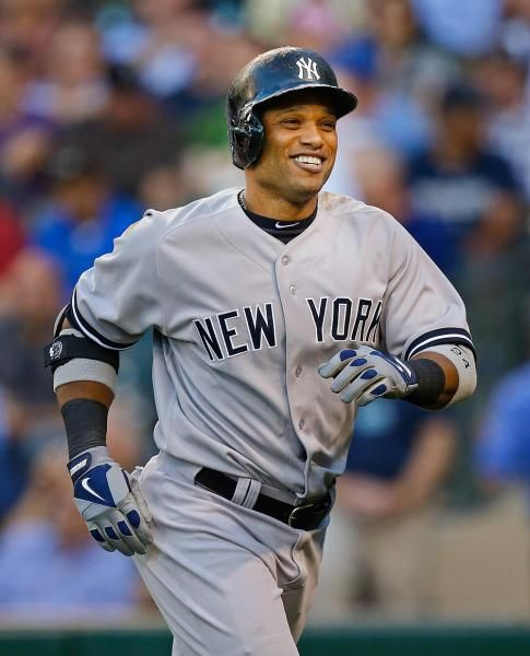 1. Se llama Robinson Cano. 2. Robi es de Cuba. 3. Su cumpleaños es el 22 de Octubre y tiene 34 años. 4. El vive en New York, New York. 5. El es fuerte, muy atlético, y alto. El padre juega al béisbol. El padre juega para Yankees.  6. El sabe jugar al béisbol, simpático, y el jonrón. 7. El come, nada, camina, duerme, pesca, trabaja, corre, lee, y canta. Le gusta sushi. 8. Nosotros jugamos segundo base en el béisbol, simpáticos y nadamos.
