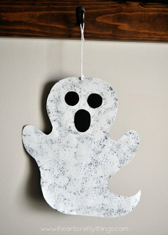 Halloween Sponge Painted Ghost Craft Manualidades Halloween - halloween crafts ideas