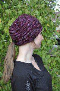Low ponytail hat pattern knit 341a3b97260