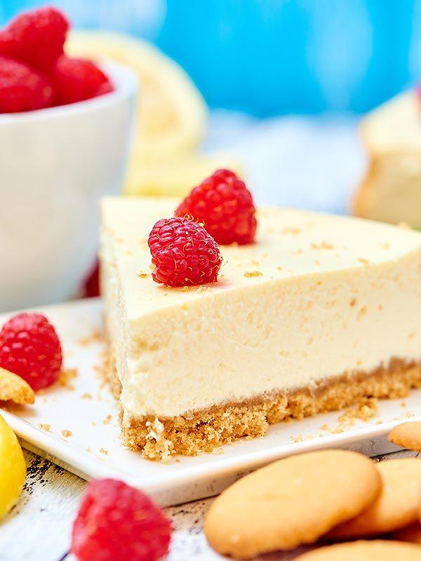 Light Greek Yogurt Cream Cheese Cheesecake Recipe 200 Calories Recipe Homemade Cheesecake Recipes Cheesecake Recipe Without Sour Cream Healthy Cheesecake