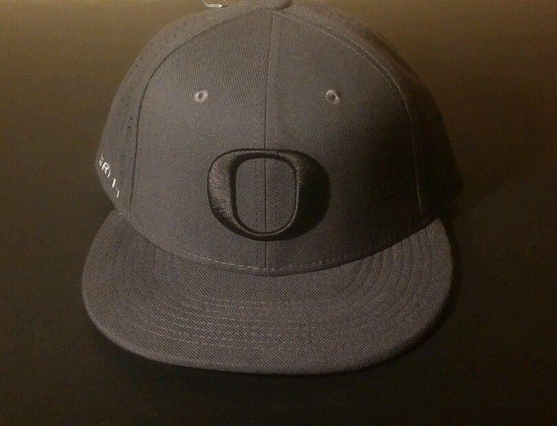 19ac874e75b  OregonDucks Nike  Truefit  NCAA O Black  Dri-Fit hat Cap M L Black Fitted  NCAA  Nike  OregonDucks