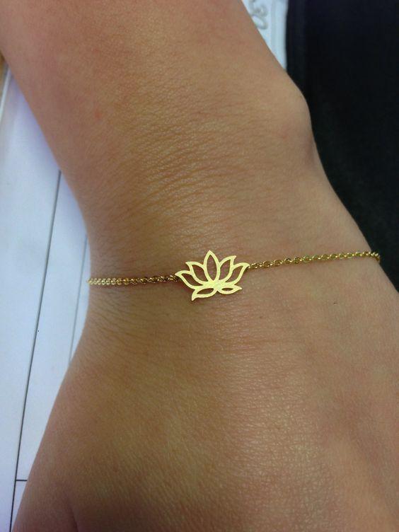 Pendientes \u00e9tnicos de aro flor de loto de Indiapendientes de yoga en forma de flor espiritualregalos alternativos para ella de bisuter\u00eda