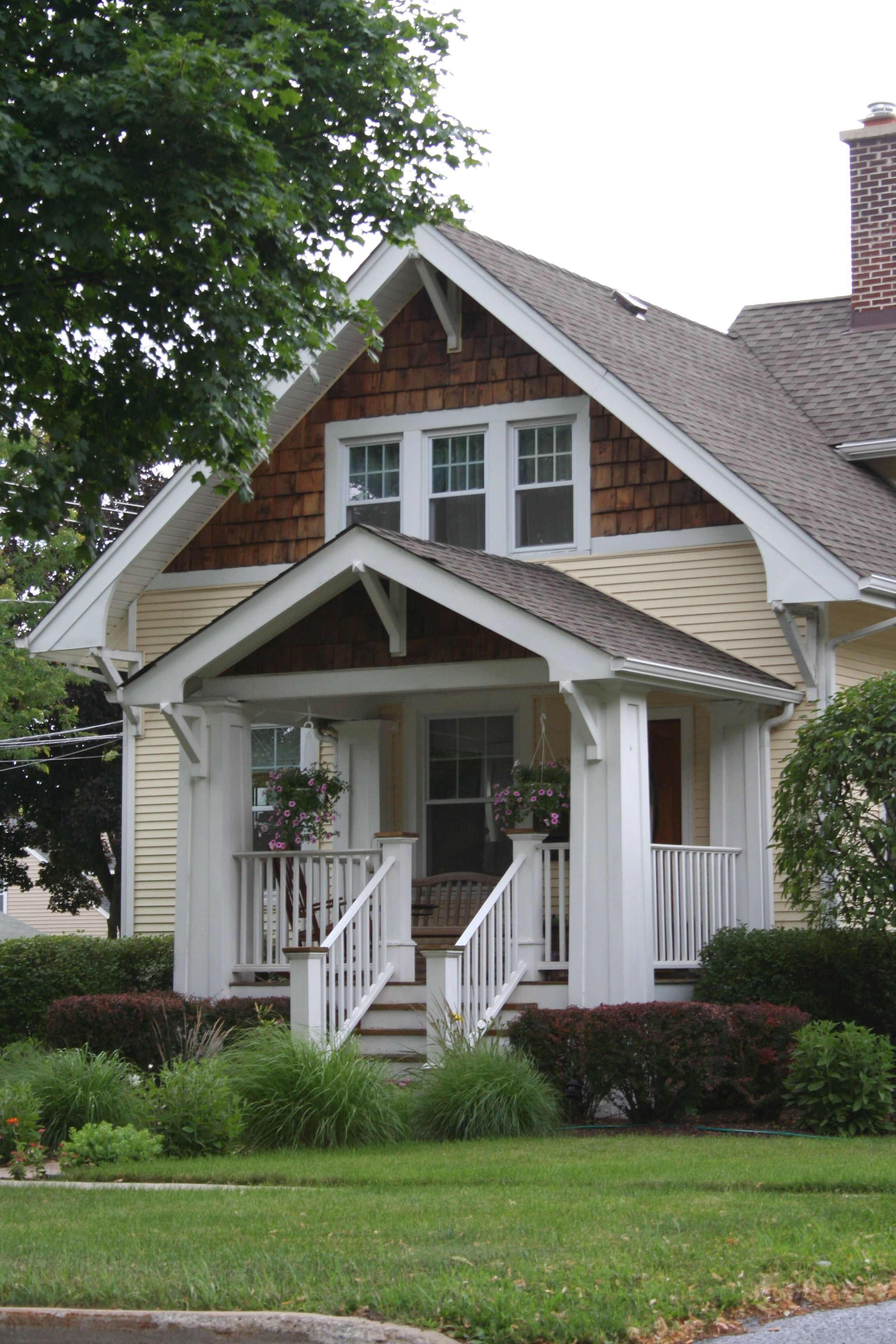 Best Front Porches Small Front Porch Patrick A Finn 400 x 300