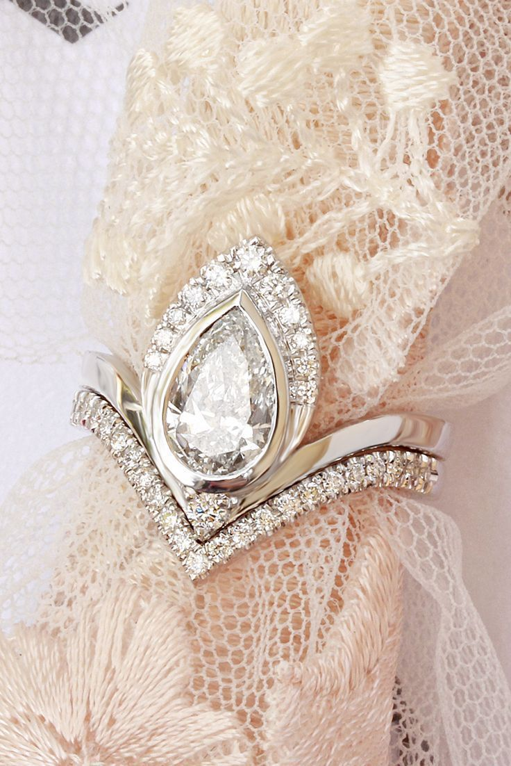 carat pear diamond unique engagement rings set white gold silly