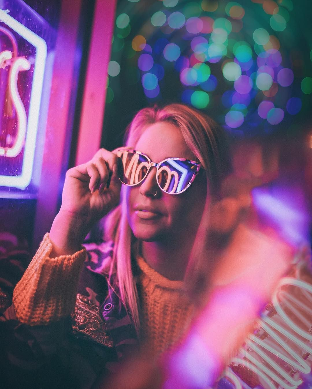 Vibrant and Moody Lifestyle Portrait Photography by The Dreamers Eye | Night photography portrait, Neon photography, Neon photoshoot