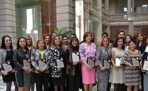 Reconoce Gobierno a docentes de escuelas particulares - Masnoticias.net - La Red del Norte , Chihuahua ,Mx