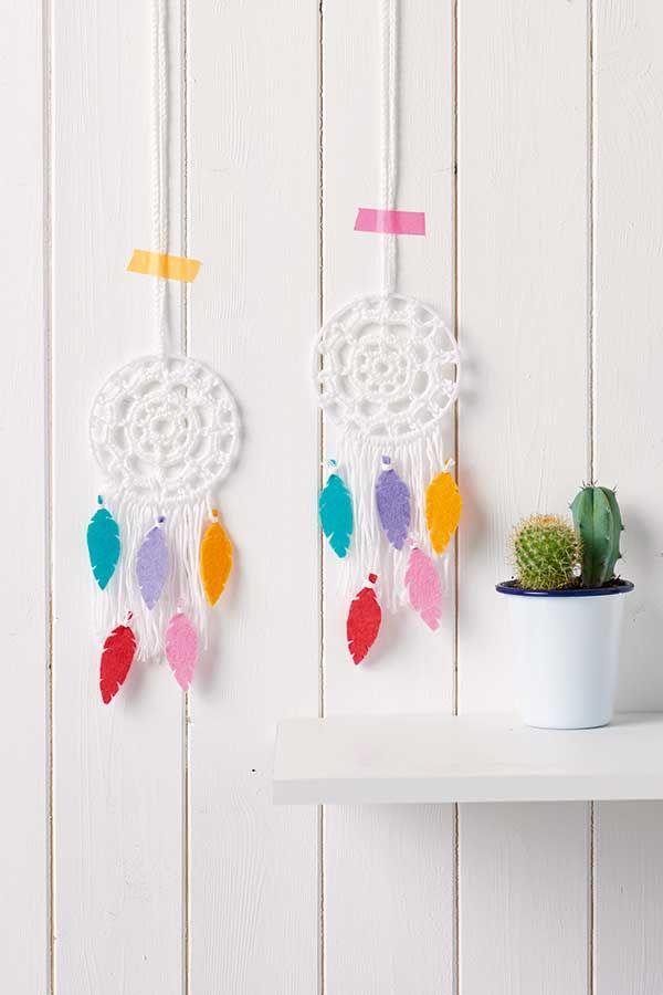 How to make a #crochet dreamcatcher - Mollie Makes | Blogger Crochet ...