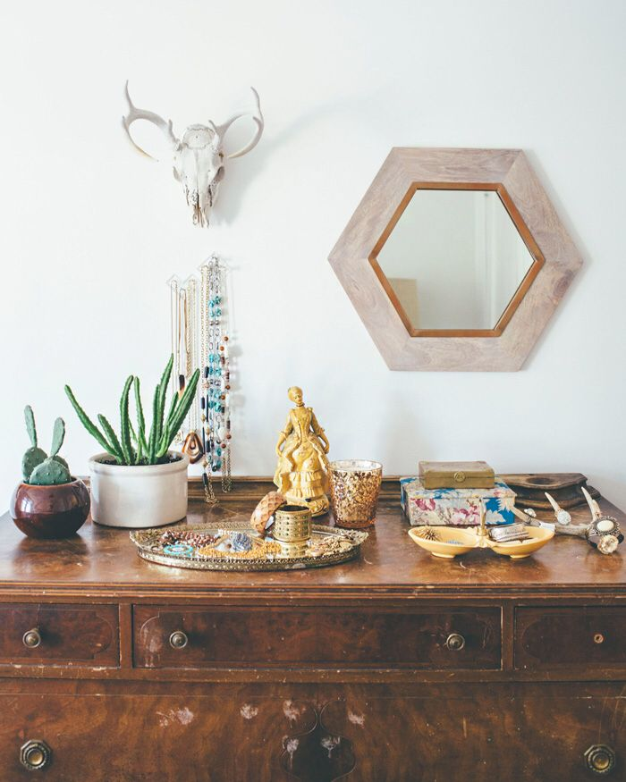 sideboard deko im boho look interior boho look pinterest wohnzimmer einrichtung und haus. Black Bedroom Furniture Sets. Home Design Ideas