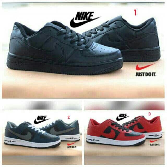 Saya Menjual Sepatu Nike Air Force 1 Pria Olahraga Lari Cowok