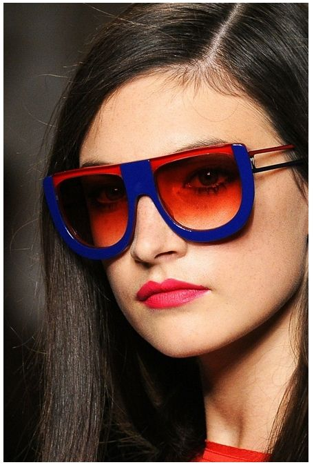 Fendi-fashion-sunglasses-spring-summer-2011-collection-red-blue