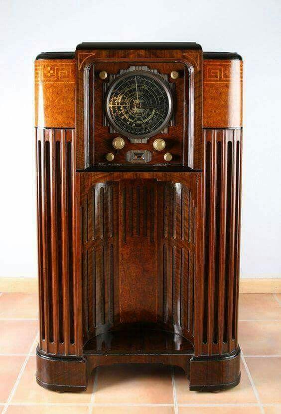 Pin De Divando Barbosa Em Radios Radio Antigo Gira Discos Objetos