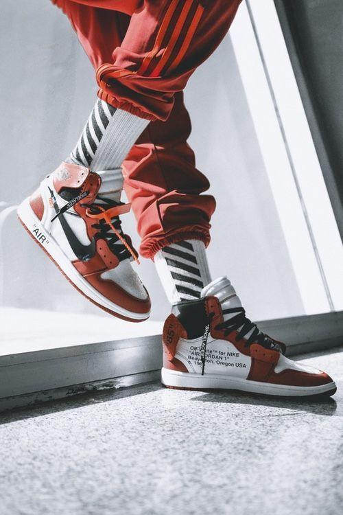 Masacre declarar salario  Air Jordan 1 Off White Chicago Men's Sneakers Red White Basketball Shoes in  2020   White nikes, Urban wear, Sneakers men fashion