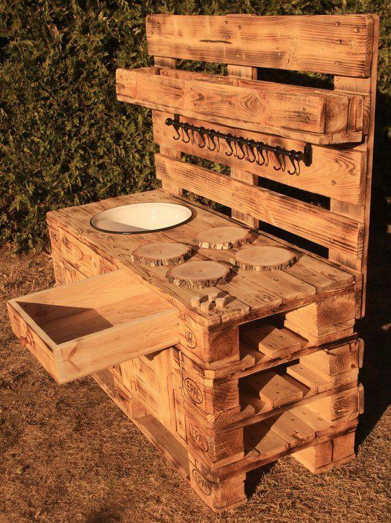 Kinder-Matschküche / Spielküche / Mud Kitchen aus Paletten gefertigt für junge Küchenchefs - 100% kunststofffrei #palettengarten