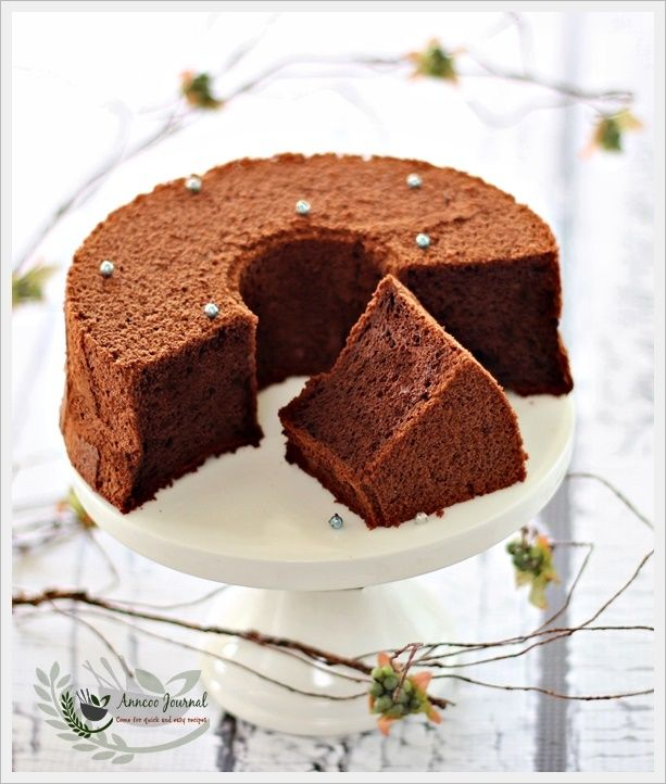 Japanese Dark Pearl Chiffon Cake 日式黑珍珠戚风蛋糕 | Anncoo Journal - Come for Quick and Easy Recipes