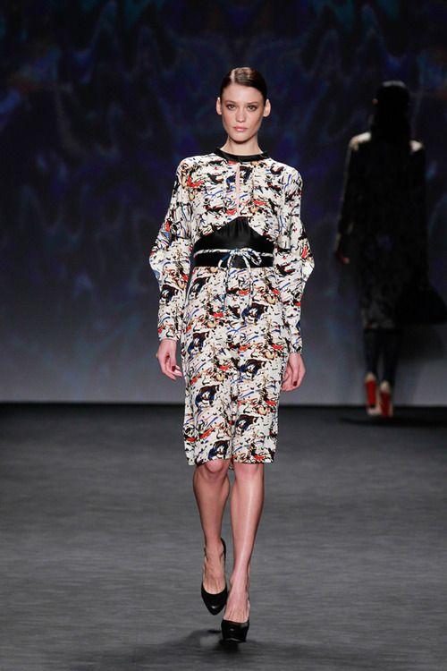 [No.13/38] VIVIENNE TAM 2014~15秋冬コレクション   Fashionsnap.com