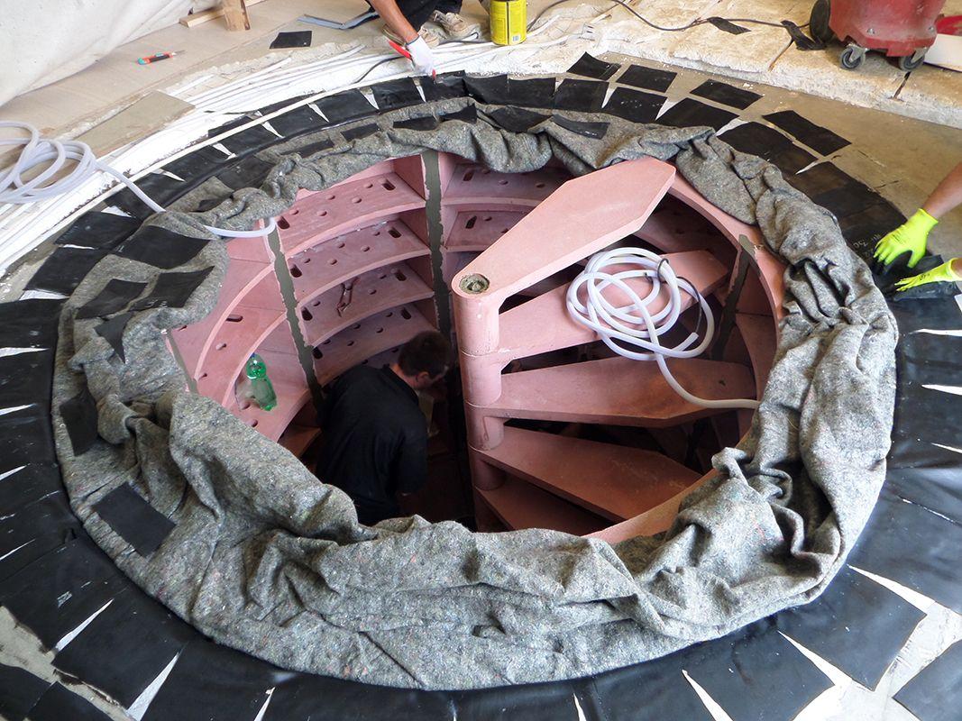 Construction En Cours D Une Cave A Vin Enterree Helicave Nos