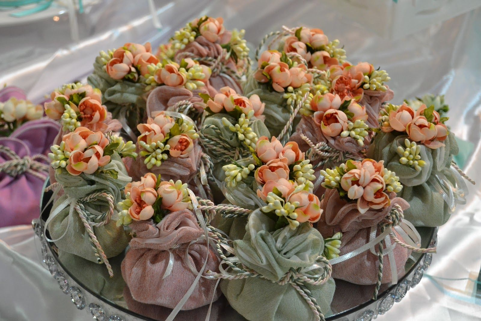 If you want to surprise your loved ones with the beautiful flowers if you want to surprise your loved ones with the beautiful flowers you can get izmirmasajfo