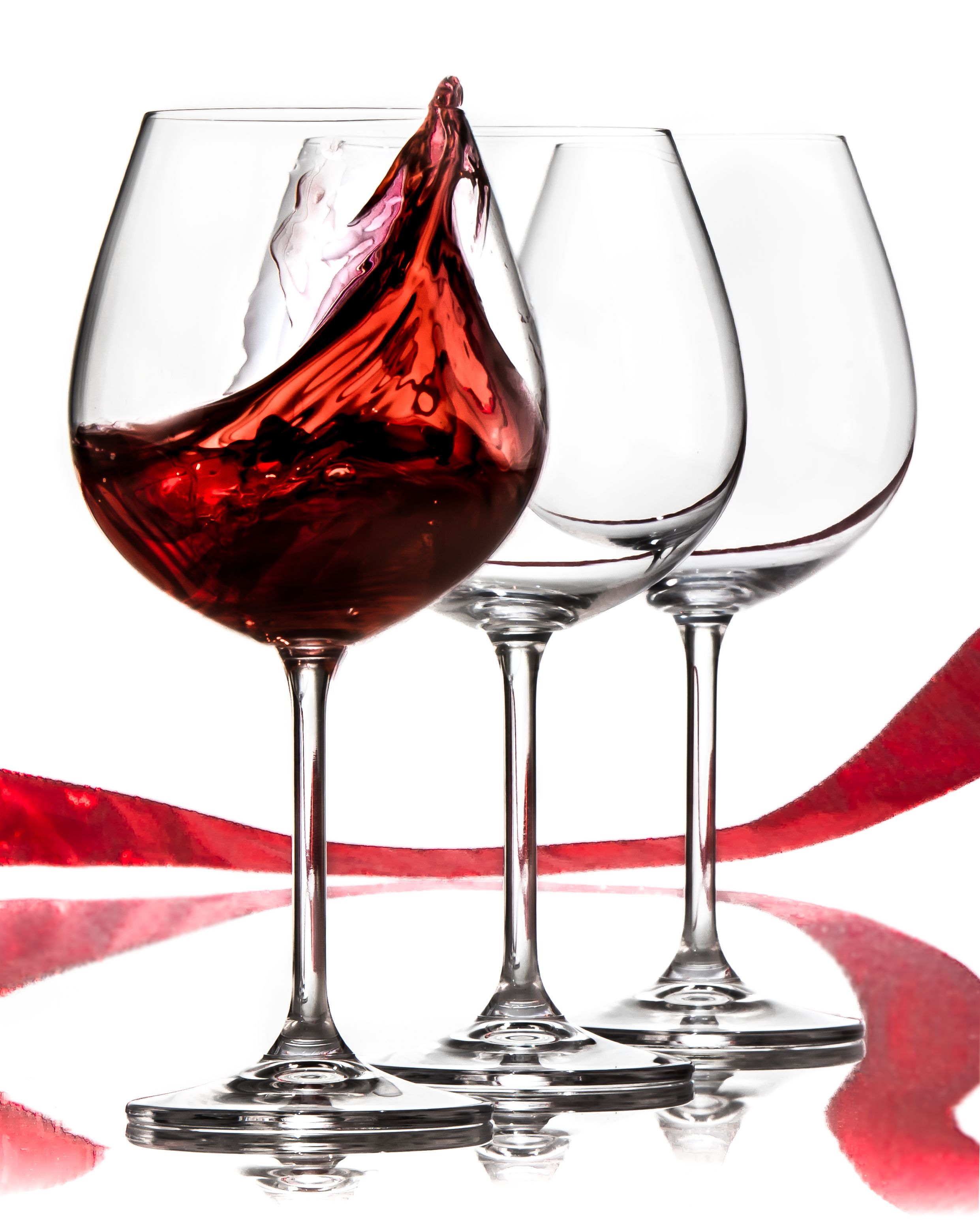 Our Best Seller Red Wine Glass Is A Favorite Of Many Hurry Grab Yours Now Perfect As A Christmas Gift Click This Photo T Red Wine Glasses Red Wine Wine