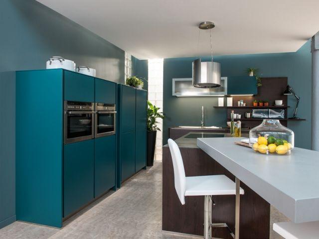 Bleu canard total look dans toute la maison house for Architecture canard