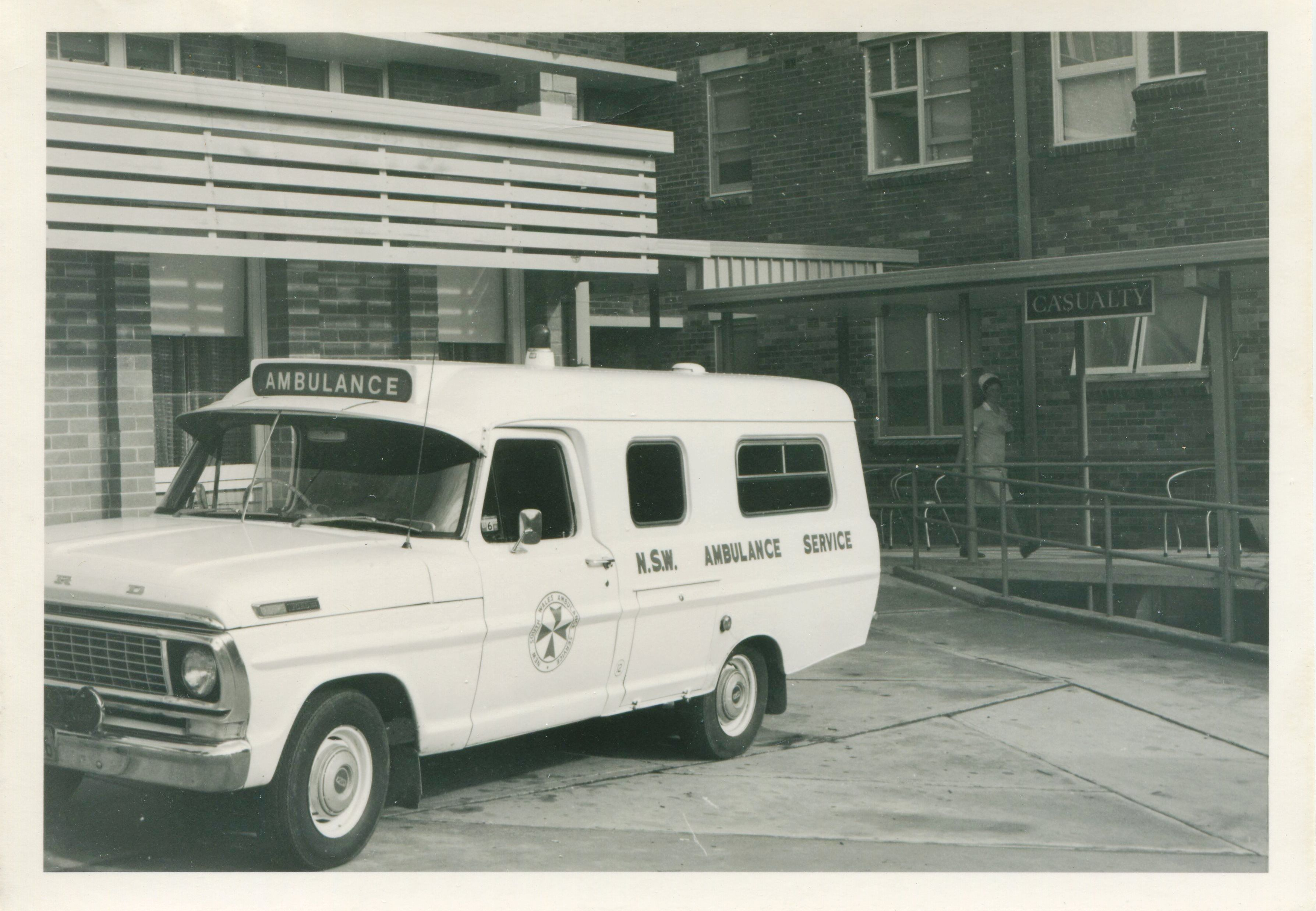 Pin by Paul McCurley on Vintage NSW Ambulances