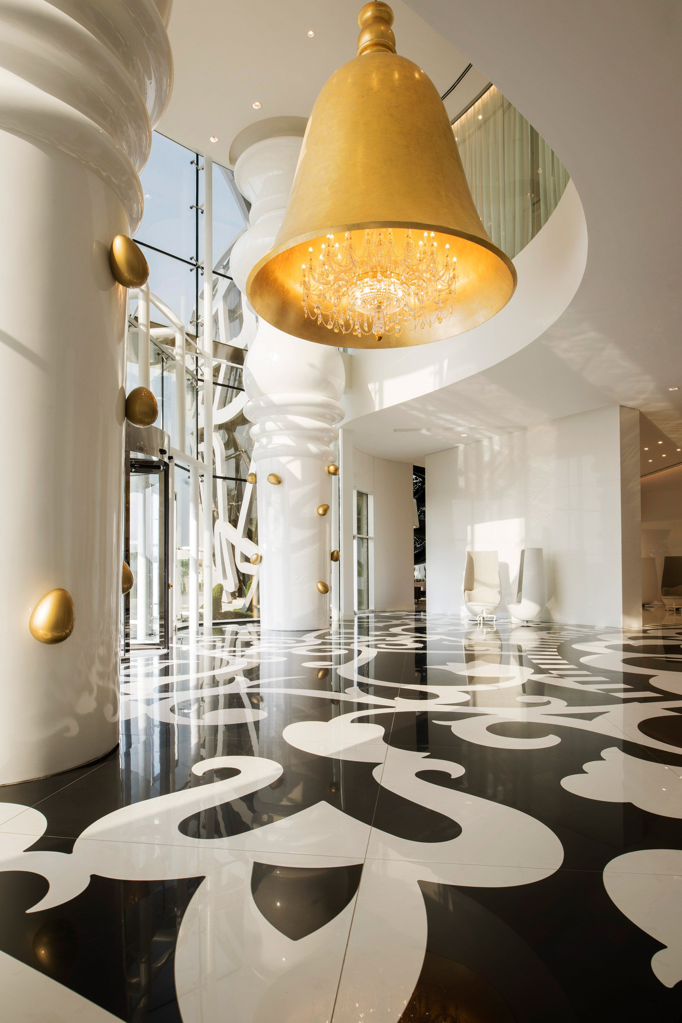 Marcel Wanders Uses Mismatched Patterns And Oversized Furnishings