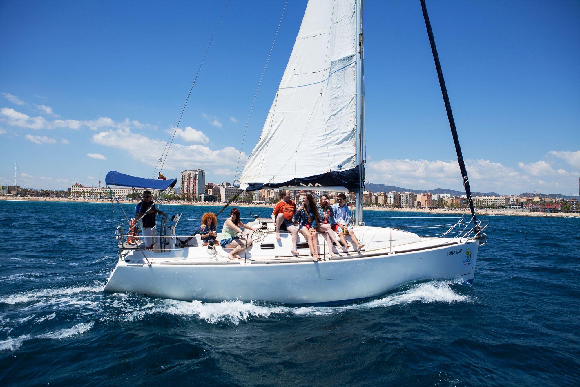 Club de Navegación en Barcelona, de la mano de Náutica Port